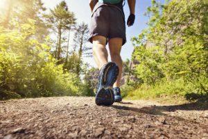 كم يحرق المشي من السعرات الحرارية