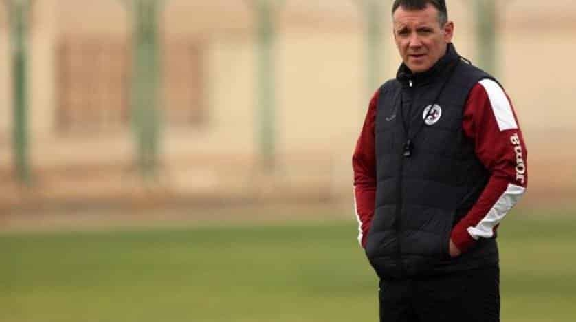 صور الظفرة الإماراتي يتعاقد مع مدرب الفيصلي الموسم القادم