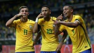 منتخب البرازيل يواجه كوستاريكا