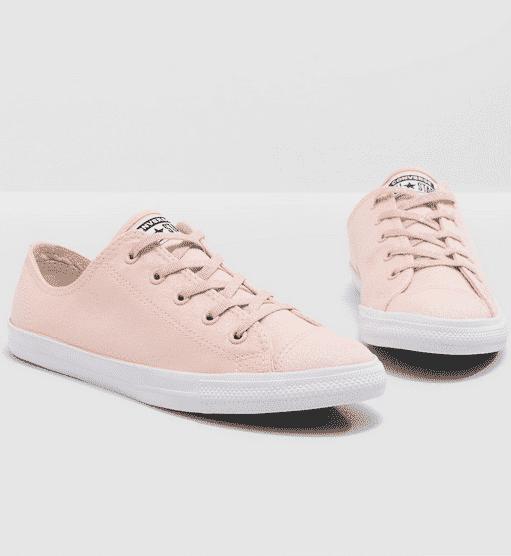 مواصفات منتج حذاء طبي للمشي للنساء