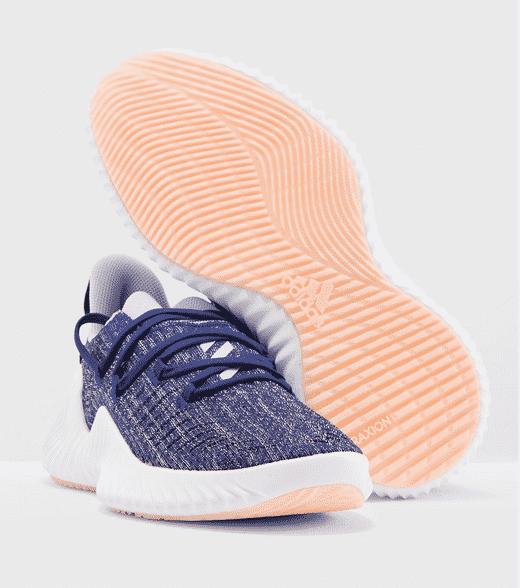 مواصفات منتج حذاء رياضي للمشي للنساء
