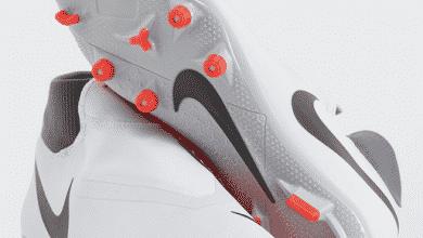 صور حذاء رياضي لكرة القدم