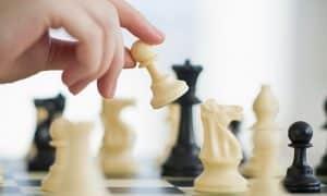 جيم اوفر من 5 حروف في الشطرنج